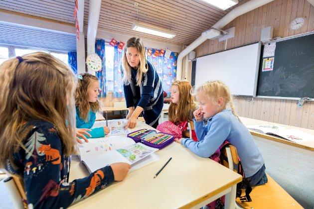 Den mest effektive læringsformen for barn i småskolealderen er gjennom lek fordi leken utløser dopamin i belønningssenteret i hjernen som gjør leken motiverende og belønnende i seg selv., skriver Willy-Tore Mørch