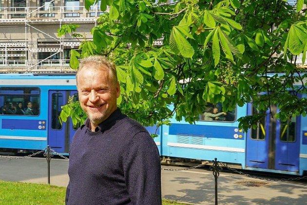 Det rødgrønne byrådet ledet av Raymond Johansen fra Arbeiderpartiet har sørget for 4.000 nye avganger med kollektivtransport ukentlig.