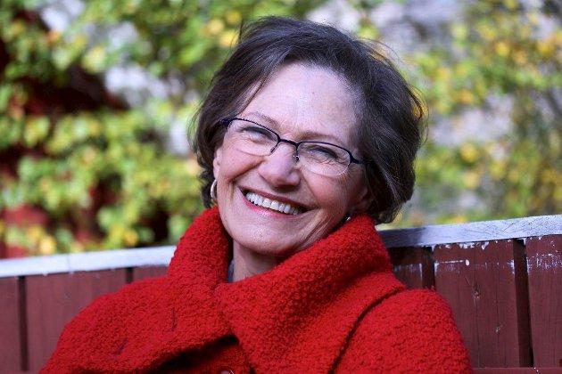 """Novellisten:  """"Hun forteller enda mer mellom linjene enn hun har gjort tidligere"""", mener Nordlys' anmelder om Laila Stiens nye novellesamling Over elva. Foto: Tove Myhre"""