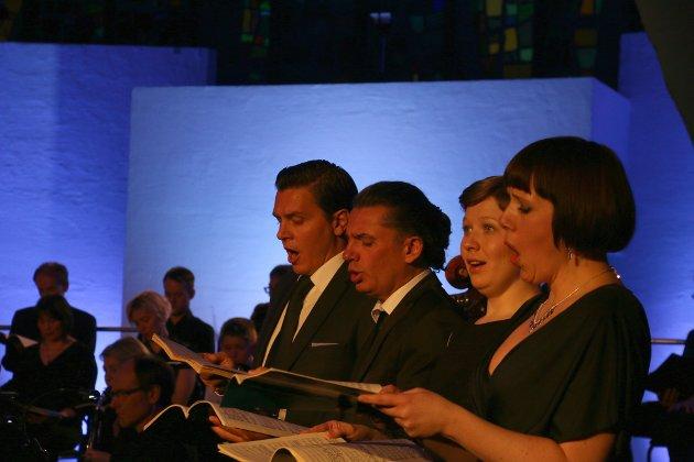 FABELAKTIG: Solistene Berit Norbakken Solset, Sunniva Eliassen (mezzosopran), Alexander Kaimbahcer (tenor) og Håvard Stensvold (bass-baryton) er behagelige og engasjerende å høre på.