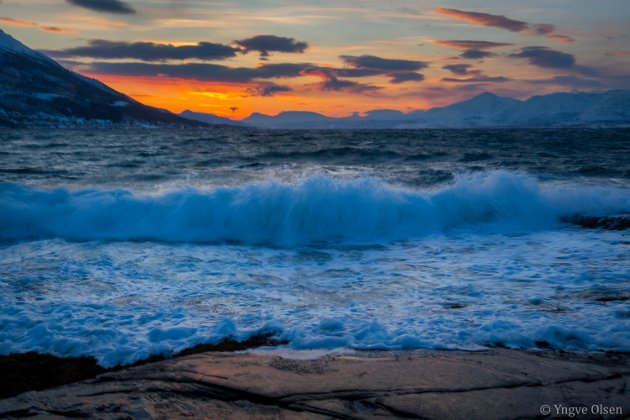 Helt sør på øya var det mer bølger og vind enn det var sol.