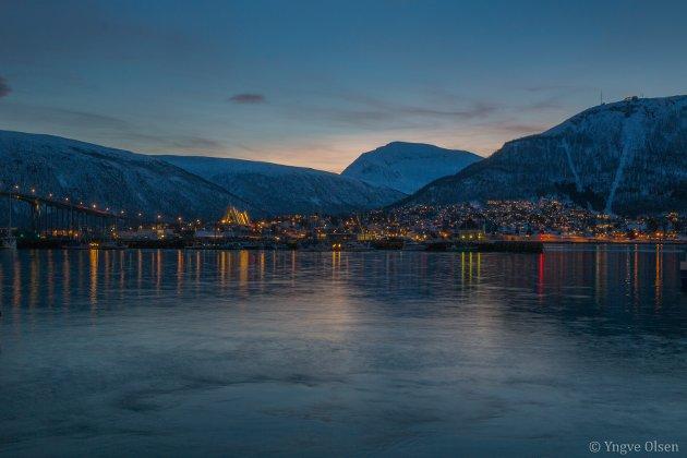 Morralyset fra indre havn i Tromsø i dag tidlig bar bud om en lekker dag. Og det ble det!