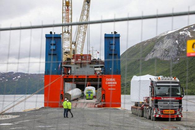 ISPS: Området der elementene skipes inn er ISPS-terminal og strengt regulert.