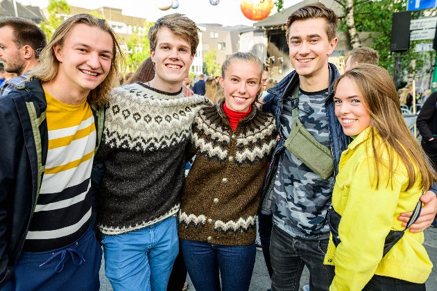 Nikolai Meløe, Jakob Meløe, Herborg Jonsdottir, Finn James og Hanna Karlberg.