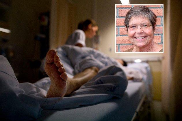 PRAKSIS: – Det nytter å forklare framtidige sykepleiere at de må stadig lære nytt, revurdere gamle rutiner og tilegne seg ny forståelse, erfarte Siri Gunn Simonsen ved NTNU i Gjøvik da hun selv ble pasient.