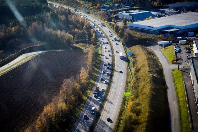 Miljødirektoratet skriver at hovedårsaken til økte utslipp i hovedsak skyldes disse faktorer; økt trafikk, mindre bruk av biodrivstoff og større forbruk av drivstoffer til alskens motorredskaper i mange næringer.