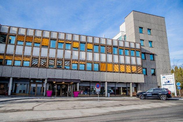 ENIGHET?: Det eneste man i Facebook-gruppene i Elverum, Gjøvik og Lillehammer synes å være enige om, er at all sykehusdrift i Hamar og Stange må opphøre. Fortest mulig, framholder Trond Kjernli.