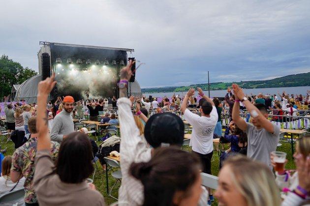 KULTURUKE: - Vi taper en del lokaliseringskamper vi vestopplendinger, men hva kultur angår; der er vi rett og slett helt i den ypperste norgeseliten, både med utøvere og arrangementer, skriver Einar Skare.
