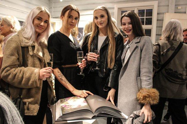(F.v.) Martyna Taskeviciute, Rosalia Kosinska, Marina Halvorsen og Silje Birgitte Finsrud.