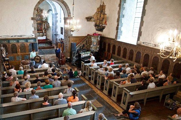 Hedrum kirke konsert  foto: Mats Grimsæth *** Local Caption ***