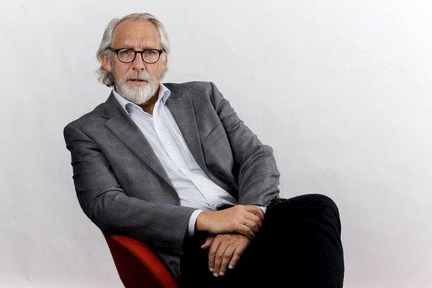 Carl-Erik Grimstad er artikkelforfatteren