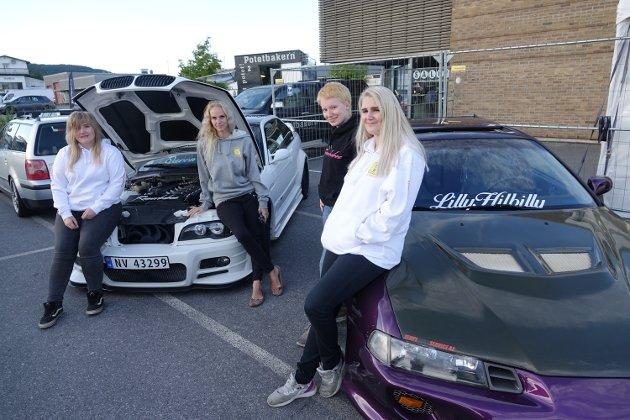 FORNØYDE:  Styret i Raanerbabes, fra venstre  Kine Jeanette Halvorsen Lund, Flisa  Cecilie Braaten, Arneberg, Silje Andersen, Larvik og sjefen sjøl, Lilly Lundberg fra Vestfossen og Våler.