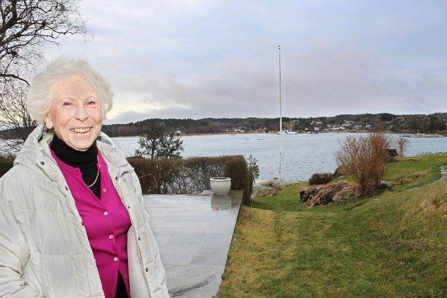 Unni Hanson er opptatt av eiendomsretten. Dette bildet er tatt på eiendommen hennes i Strengsdal.