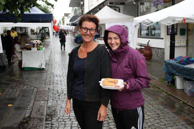 Gunn Rogn-Hegge og Elina Carlsen