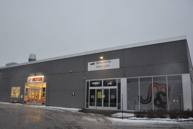 DETALJHANDEL?: Her vil Snekkerfabrikken Eiendom ha lov til å drive matvarebutikk.Foto: Gøran O. Pedersen