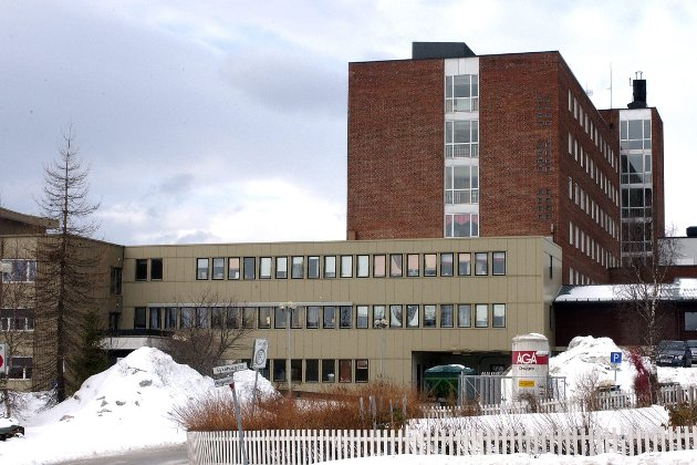 Helgelandssykehuset: Vi har forståelse for at dere går ut i media å forklarer arbeidet med ambulanseplanen skriver breskriverne. Foto: Øyvind Bratt