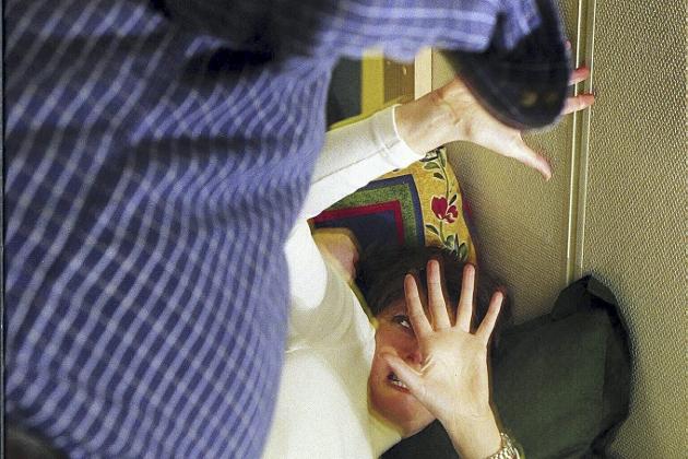 VOLD: Informasjon om vold må etableres på en bedre måte, man må jobbe mot kulturer der vold er tillatt og man må bekjempe tabuene som voldsoffere sliter med, skriver Sandra Huezo Davidsen ¬ Illustrasjonsfoto: Arne Ove Bergo, Dagsavisen