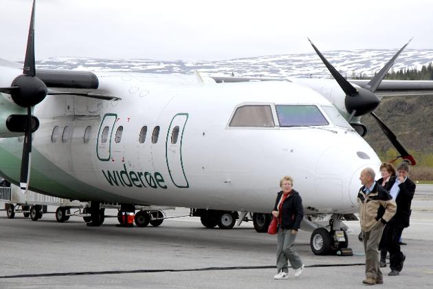 FLYTILBUD: Kjell-Idar Juvik mener at flytilbudet på Helgeland har blitt dårligere etter når nye anbudskriterier for FOT-ruter ble lagt til grunn for anbudet.Illustrasjonsfoto: Harald Mathiassen