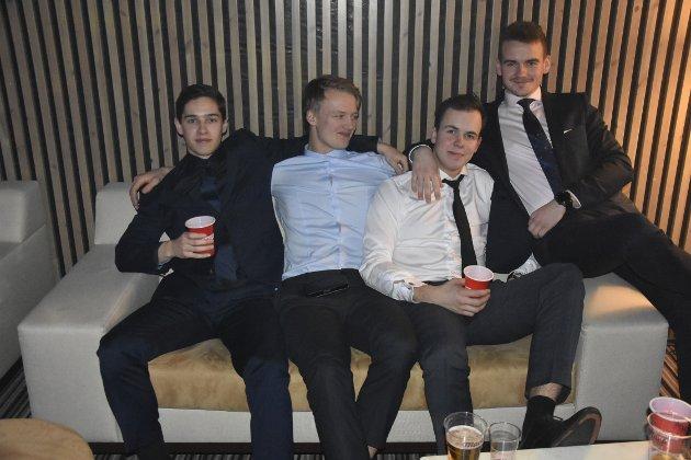 Herman Fagernes, Mathias Bang, Joakim Aslaksen og Simen Botn var en av mange vennegjenger som tok turen til Scandic Meyergården for å få med seg Ramona By Night. Partyfaktoren var definitivt på plass.