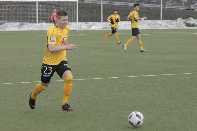 Grei skuring: Alexander Iversen ble tungen på vektskåla for Stålkam i årets første hjemmekamp.