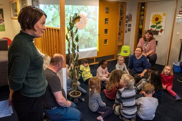 Marit Kåresdatter Nilsen er pedagogisk leder og kunne torsdag oppsummere prosjektet både for unger og inviterte fra SOS barnebyer og Kunnskapsparken som har støttet prosjektet.