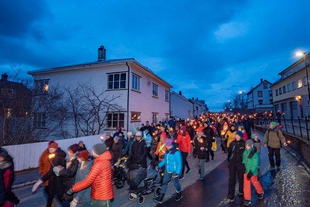 Fakkeltog for sykehuset i Sandnessjøen, desember 2019.