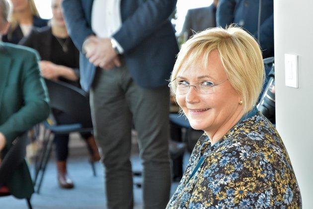 Seksjonssjef Brita Brandt kunne stolt ønske velkommen til åpning av de nye kontorlokalene..