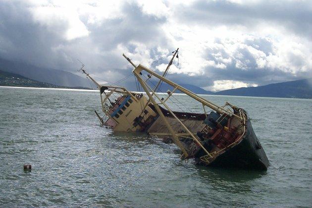 Kelvin forliser i Mo havn i juni 2001.