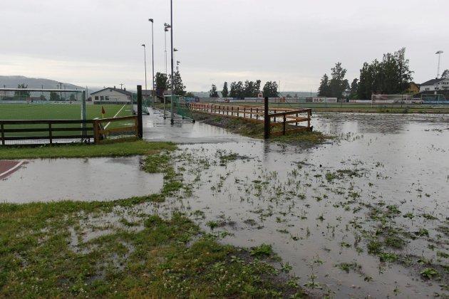 Sveum: Det er store vanndamer på øvre del av Sveum søndag kveld.
