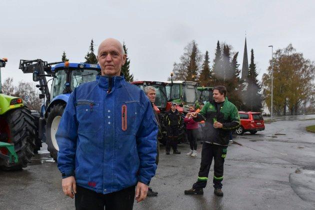 LEDER: Even Byfuglien er leder i Ringsaker Bondelag og var selvsagt til stede på aksjonen mandag.