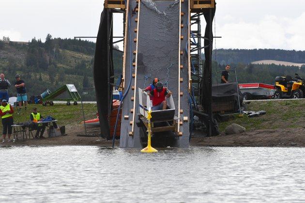 Polarekspressen: Var førstemann ut i konkurransen.