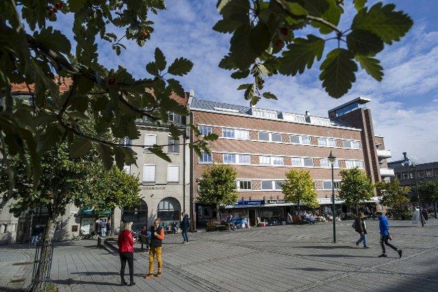 Vellykkede byer har evnet å holde på grunnstrukturen ved gode fellesrom, parker, torg og gatestruktur, mener Peter Butenschøn.