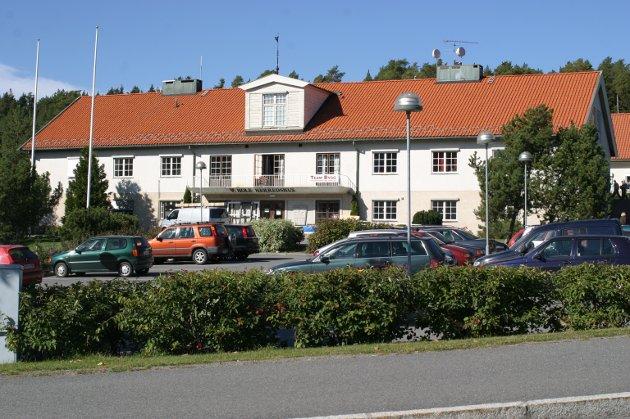 Leder i Hole SV, Morten Dåsnes, mener at den eneste muligheten til å styrke Hole-skolene er å øke eiendomsskatten.