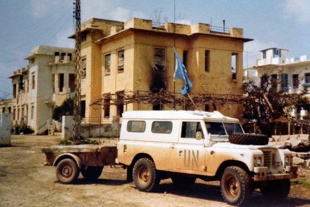 HQ: I Nacoura, Syd-Libanon, foran bygget som senere ble Unifils hovedkvarter.