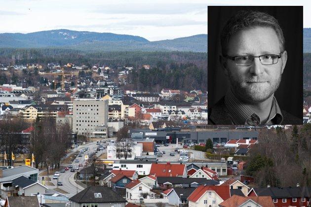 BOLIG: Er kommunen villig til å gå fra å sette rammer og tilrettelegge, til å bli en boligaktør, i konkurranse med private utbyggere? skriver redaktør Bjørn Harald Blaker.