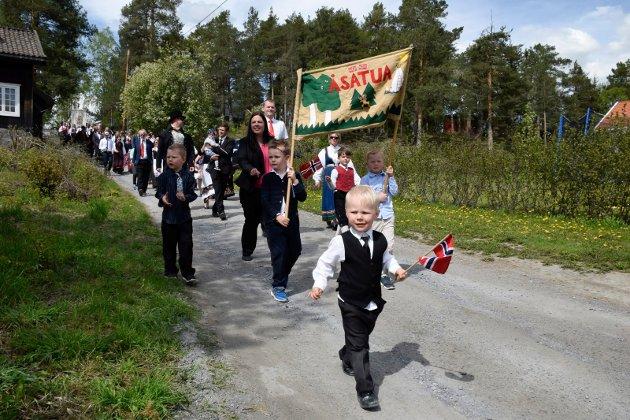 17. mai 2019 på Steinsfjorden Montessoriskole i Åsa.