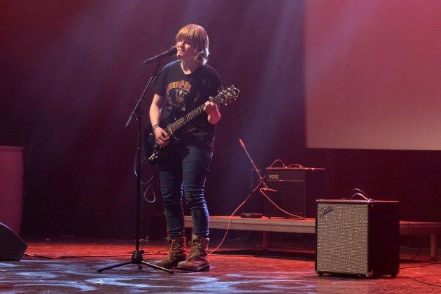 BAND: Kjør Da! er et av banda på Ringerike kulturskole, Sigrid Nordby (16) er vokalist. Bandet er videre i UKMs landsfinale.