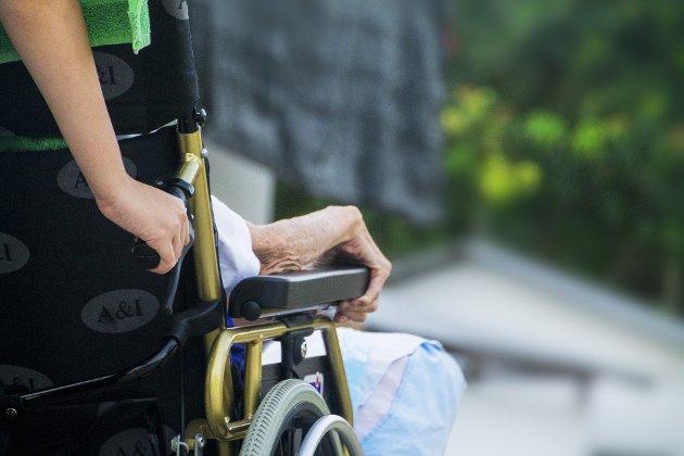 TRYGT:  - Det viktigste med eldrereformen er at våre eldre får en trygg alderdom, skriver Unni Cavrlsen (H).