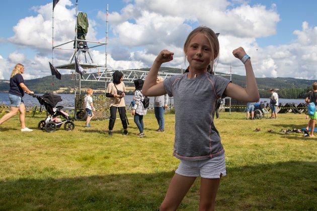 VILLJENTE: Mathilde Rød (7) fra Jevnaker liker Villmannløypa.