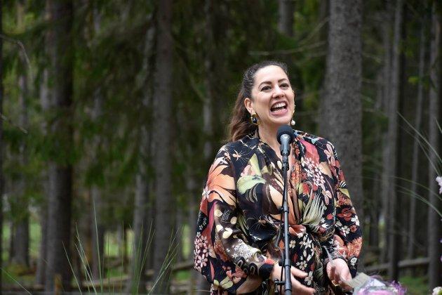 "KURATOR: Martha Kirzenbaum har kurert årets hovedutstilling ""Liquid Life"" i The Twist."