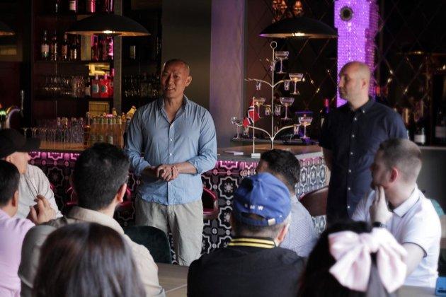 LEKKERT DESIGN: Sang Ho håper på mange gode øyeblikk og god stemning i Loungen.