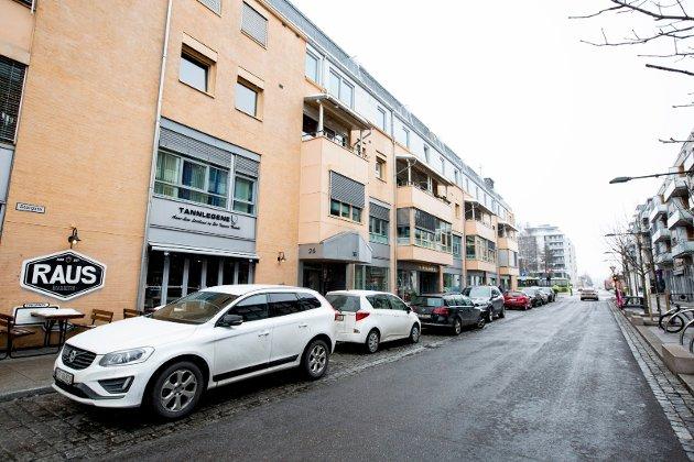 POPULÆRE PLASSER: Storgata i Lillestrøm er et av stedene som får dyrere timesparkering.