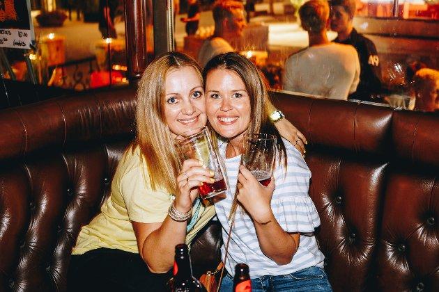 Lillestrøm, Martins: Julie & Kesia