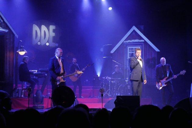 LEVERTE VARENE: D.D.E leverte varene under kveldens konsert, men kunne med fordel skravlet litt mindre.