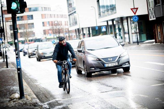 Sykkelandelen synker i Lillestrøm. Det vil ordførerkandidat Jørgen Vik (Ap) gjøre noe med.