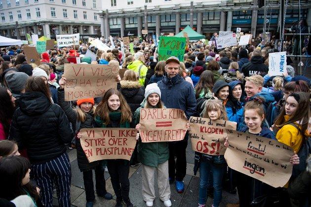 Vil bli hørt: For tida arrangeres skolestreik for klima i hele landet, og fredag 22. mars skjer det her på Romerike, skriver innsenderen som heier på klimamarkeringen, som 14. mars skapte liv i gatene i Bergen.