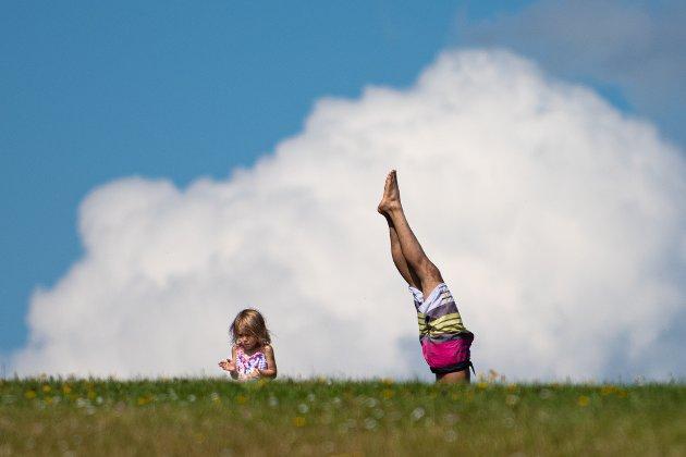 Nordbytjernet. Ignacio Martinez og datteren Emma Martinez (3).
