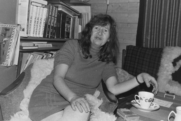 Akershus Arbeiderblad besøkte forfatteren Anne-Cath. Vestly hjemme på Bøler i Oslo. Intervjuet sto i avisas julenummer i 1972.