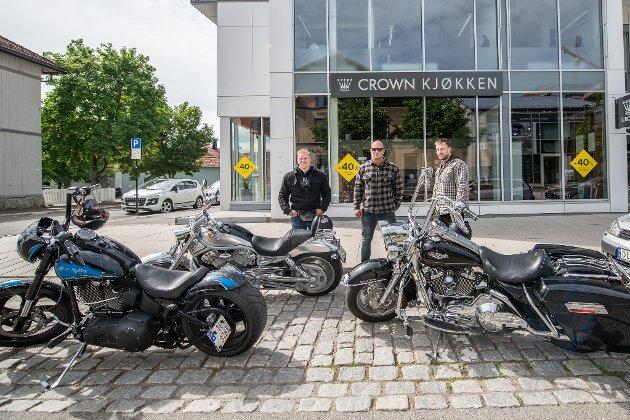 Peder Rosada Svendsen, Christian Sterk og Michael Knudsen er på cruising med hver sin Harley Davidson