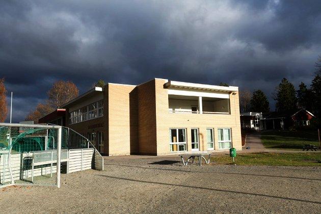 Mørke skyer truer Galleberg skole. Men er den økonomiske gevinstenved nedleggelse egentlig så stor?